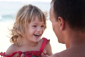 Father-daughter-beach-MG-0108108